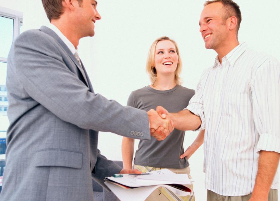 Devo incaricare o meno un agente immobiliare?
